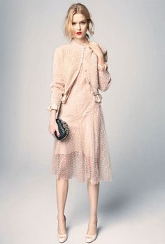 love the pale pink and really feminine style