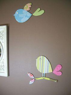 ελληνικό κείμενο My wall in the dining room needed some color, so I decided to make some patterned birdies to decorate it. I started b. Crafts To Do, Crafts For Kids, Diy Crafts, Meneses, Bird Template, Paper Birds, Bird Theme, Little Birdie, Paper Wallpaper