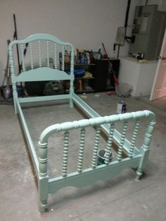 tips for painting Jenny Lind bed/ products listed