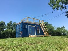A 20′, 150 square feet converted shipping container home in Houston, Texas. Built by Background Containers.