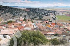 #Birding_in_Spain : El Berrueco Village in Gallocanta. Find all the information to plan your trip to #Gallocanta in www.qnatur.com