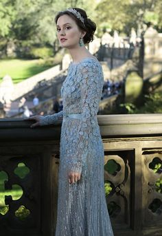 Gossip Girl Wedding Blair Waldorf Marries Chuck Bass In BLUE Elie Saab Dress | Grazia Fashion