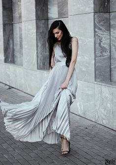 Get this GORGEOUS Pleated Flare Maxi Skirt here!!