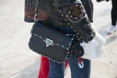 Pin for Later: Les Accessoires Street Style de la Fashion Week de Paris Vont Vous Faire Baver