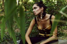 SUMMER END IN THE JUNGLE, Editorial for Shit Magazine. Photography & edition: #Patygelduck / Patricia Blas. Model: Laura del Olmo. Fashion designer: Lu Poulain. Makeup: Clara Estévez. Hair: Lionel Castillo