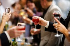 wine and appetizer party | Tips on hosting a wine tasting party or dinner party #CampoViejo