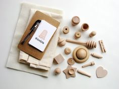 Little Details A Montessori and Waldorf Inspired por MamaMayI