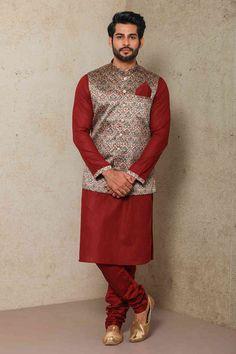 Kartik Aaryan Alluring Kurta Jacket set for Every Occasion by Manyavar.com Wedding Kurta For Men, Wedding Dresses Men Indian, Wedding Dress Men, Indian Wedding Wear, Wedding Men, Wedding Outfits, Indian Men Fashion, Ethnic Fashion, Suit Fashion