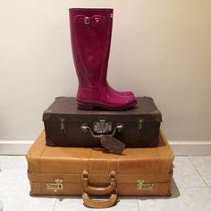 SCOLA's CLOSET HUNTER PURPLE GLOSSY BOOTS Suitcase, Purple, Boots, Closet, Fashion, Shearling Boots, Armoire, La Mode, Suitcases
