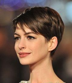 20 Easy Short Haircuts for Women: Everyday Hairstyles - PoPular Haircuts Easy Everyday Hairstyles, Cute Hairstyles For Short Hair, Pixie Hairstyles, Hairstyles 2016, Braided Hairstyles, Celebrity Hairstyles, Short Cropped Hairstyles, Classy Hairstyles, Ladies Hairstyles