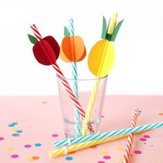 Add some a little colourful kitsch to every sip with these fun (and easy!) paper fruit straws!