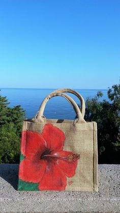 Diy Jute Bags, Jute Tote Bags, Jute Handbags, Painted Canvas Bags, Painted Hats, Hand Painted, Sacs Design, Fabric Bags, Cloth Bags