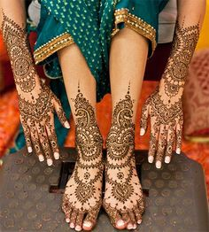 Hands & Feet Wedding Mehndi Designs