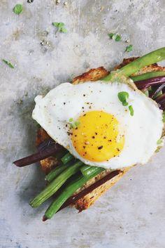 Open-faced egg bean sandwich #brunch #egg #toast #food