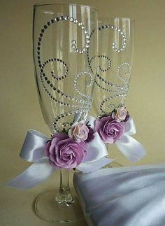 ~ WEDDINGS GALORE ~ Decorated champagne flutes