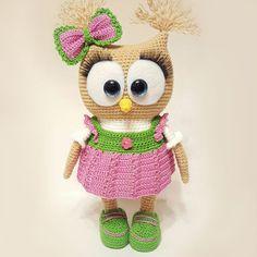 Crochet owl in dress - free amigurumi pattern https://amigurumi.today/crochet-cute-owl-in-dress-amigurumi-pattern/amp/