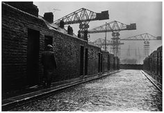 Walsend, Tyneside, UK 1962. At one point 25% of the world's ships were built on Tyneside. North Shields, Liverpool Docks, North East England, Street Photography, Old Pictures, Old Photos, Durham, Vintage Photographs, Vintage Photos