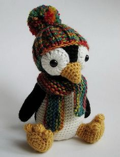 Knitting Penguin. Cool Knitting Project Ideas http://hative.com/cool-knitting-project-ideas-tutorials/