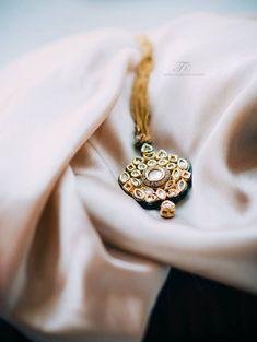 jewellery , maang tikka photography , jewellery on satin sheet Indian Wedding Photos, Indian Wedding Jewelry, Indian Engagement Ring, Engagement Rings, Lehenga Wedding, Top Wedding Photographers, Wedding Function, Wedding Preparation, Photo Jewelry