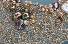 Sea Fan Collar by Linda Rettich. Variant of freeform netting; size 15 seed beads, freshwater pearls, other beads.