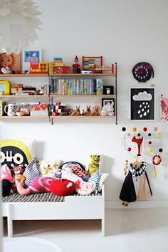 Childrens room... i love all of the toys