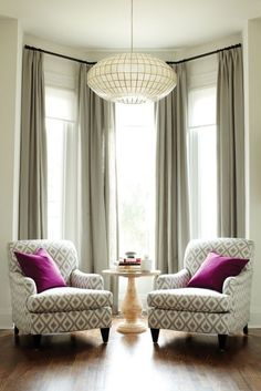 Incridible Tall Curtains Ideas for Your Home Living Room Design - Page 37 of 47 Living Room Windows, Living Room Chairs, Living Room Furniture, Living Room Decor, Modern Furniture, Bay Window Curtains Living Room, Dining Room, Bay Window Decor, Paint Furniture