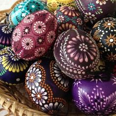 Childhood memories of Easter – growing up in an immigrant family – include memories of 'likes' and 'dislikes'. Polish Easter, Egg Shell Art, Easter Wallpaper, Carved Eggs, Easter Egg Designs, Ukrainian Easter Eggs, Easter Traditions, Egg Art, Easter Holidays