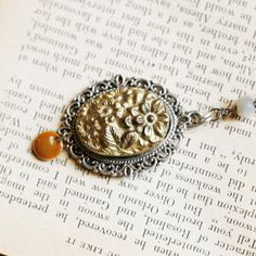 Vintage cameo necklace and gold rosary Fimo by Faraboule on Etsy, €35.00