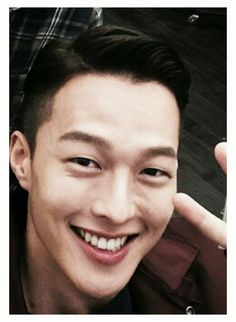 Korean Men, Asian Men, Korean Actors, Japanese Oni, Hug Me, Actor Model, Turkish Actors, Korean Drama, Fasion