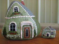 large green house W/dog house