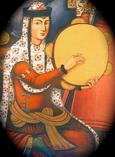 Persane jouant du daf ; peinture du Palais Chehel Soutoun à Ispahan, XVIIe siècle. Hasht Behesht Palace.