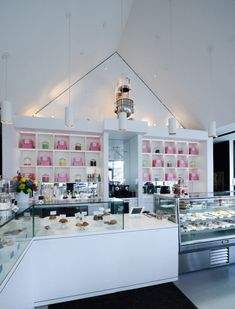 The venerable Praline Bakery of Bethesda, Maryland hired Jacobsen Architecture to design a new bakery and store in The Mosaic District in Fairfax County, Virginia. The design was a dramatic departure from the iconic Bethesda establishment and shows a new direction and expansion of smaller, more visually disciplined stores throughout the region