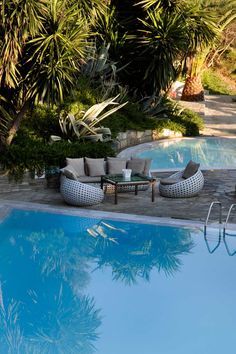 Beach pool @ http://www.eaglespalace.gr/