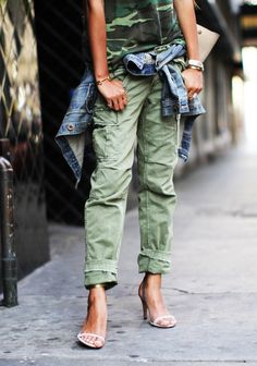 Green Military Camouflage top with Blue Denim Jacket & Green denim Pants, in Street Style fashion Passion For Fashion, Love Fashion, Womens Fashion, Style Fashion, Mode Outfits, Fashion Outfits, Fashion Trends, Mode Style, Style Me