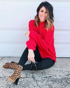 50 Stylish Red Outfits Ideas For This Winter – Red outfit Leopard Shoes Outfit, Booties Outfit, Leopard Print Boots, Cold Outfits, Casual Outfits, Look Fashion, Fashion Models, Fashion Outfits, Ladies Fashion
