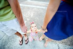 love it! We will have to take pics like this with our little one :)