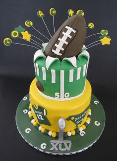 Groovy 30 Best Green Bay Packers Cakes Images Packers Cake Green Bay Personalised Birthday Cards Rectzonderlifede