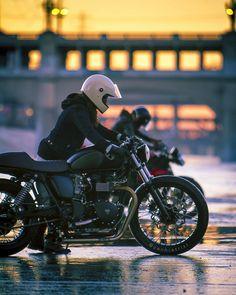 Real Motorcycle Women - zachiatrist (1)