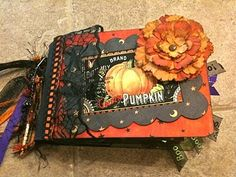 halloween mini albums | Halloween fall autumn mini album, paper bag ... | Halloween Album Wor ...