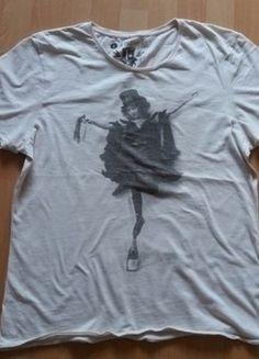 Kup mój przedmiot na #vintedpl http://www.vinted.pl/damska-odziez/bluzki-z-krotkimi-rekawami/17235304-koszulka-oversize-baletnica-rozmiar-40
