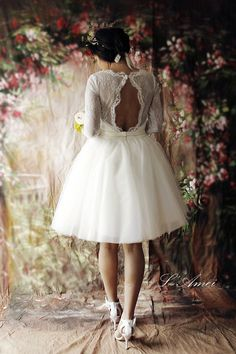 Hey, I found this really awesome Etsy listing at https://www.etsy.com/listing/222622380/short-lace-wedding-dress-with-sleeves