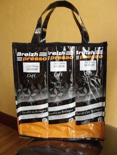 Confection de sacs à base de paquets de café recyclés - Recycler pour aider la recherche