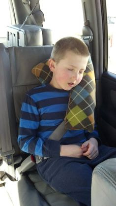 A few of my favorite things: Seat Belt Pillow Tutorial