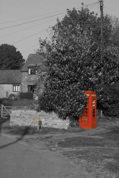 Old Red Telephone Box . Eastcote , Northamptonshire.  www.eternityimages.co.uk