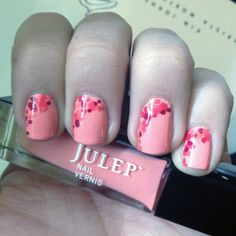 Dotted Coral Manicure