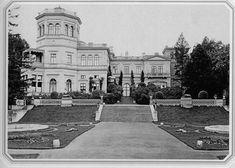 Palace of Grand Prince Mikhail Nikolaevich in Mikhailovka. Photo, 1890s. Saint Petersburg encyclopaedia