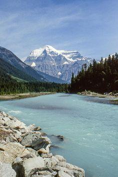 ✯ Mount Robson - British Columbia, Canada