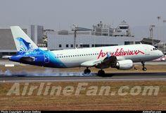 Maldivian Airbus A320-214  http://www.airlinefan.com/airline-photos/Maldivian/Airbus/A320/8Q-IAN/1324465/
