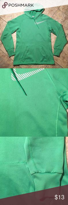 Nike Hoodie Therma - Fit Green Nike Therma Hoodie 🔸 Has a few flaws, barely noticeable Nike Tops Sweatshirts & Hoodies