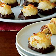 If I didn't buy out Key Food's supply of macaroons yesterday, I'd totally make these. #passover #passoverrecipes